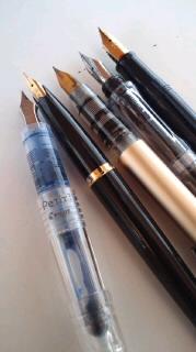 実用的な万年筆