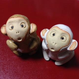 紅白のお猿さん
